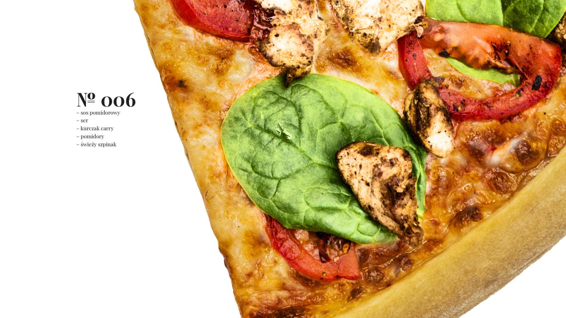 Pizza 60 freebee system – sos pomidorowy – ser – kurczak carry – pomidory – świeży szpinak