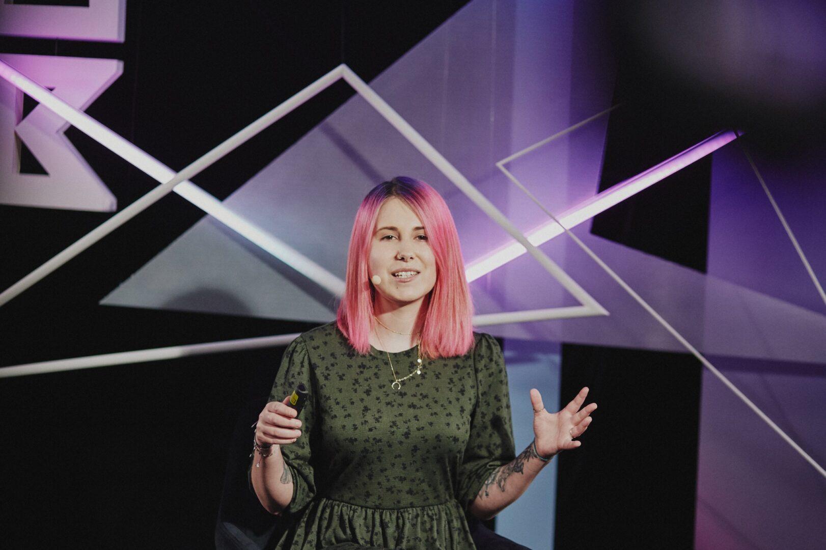 Agata Patoła podczas prezentacji.